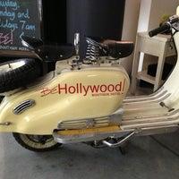 Photo prise au BE Hollywood Boutique Hotel par Arlene le11/28/2013