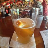 Foto tomada en The Red Bar por Jade P. el 12/26/2012