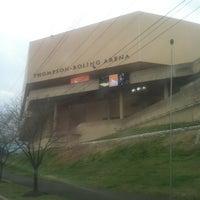 Foto diambil di Thompson-Boling Arena oleh Jane S. pada 3/2/2012