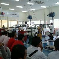 Foto diambil di PT. Honda Prospect Motor oleh JoTei pada 2/19/2012