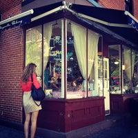 5/17/2012にMichelle K.がMagnolia Bakeryで撮った写真