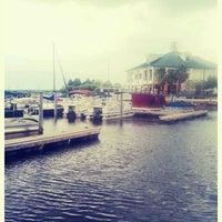 5/7/2012 tarihinde Jamee G.ziyaretçi tarafından St. Cloud Lake Front'de çekilen fotoğraf