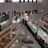 Foto diambil di Boulevard Shopping oleh Frank M. pada 3/9/2012