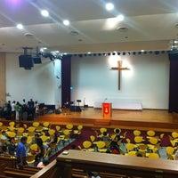 Das Foto wurde bei SJSM - Christ Sanctuary von Stanley W. am 4/27/2012 aufgenommen