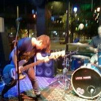 Foto tomada en Gas Lamp por Dan R. el 7/17/2012