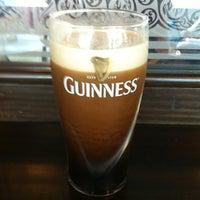 Foto diambil di Shannon's Irish Bar oleh Jurgis P. pada 7/6/2012
