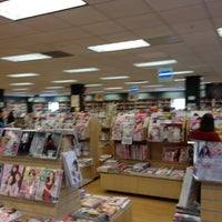 Photo prise au Kinokuniya Bookstore par C W. le3/31/2012