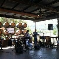 Foto scattata a Papapietro Perry Winery da Michael R. il 4/29/2012