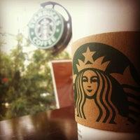 Foto scattata a Starbucks da Caner G. il 4/14/2012