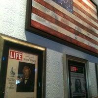 Das Foto wurde bei American Social von Shay W. am 8/18/2012 aufgenommen