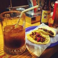 Foto tomada en Tacos Chapultepec por Mateo Robles M. el 4/18/2012