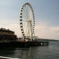 Das Foto wurde bei The Seattle Great Wheel von Eric am 8/26/2012 aufgenommen