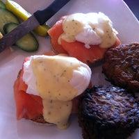 Foto tomada en Blue Daisy Cafe por Malibu C. el 3/25/2013