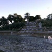 รูปภาพถ่ายที่ Jardins de Joan Brossa โดย Olivier P. เมื่อ 10/15/2012