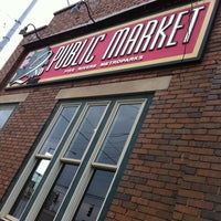 Photo prise au 2nd Street Market par Gerry M. le12/8/2012