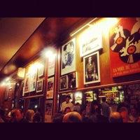 Foto tirada no(a) Le Jazz Brasserie por Yuri R. em 11/14/2012