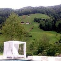 Foto tomada en *****Deluxe Hotel & Spa Resort Alpenpalace por S.Mahdi A. el 5/16/2016