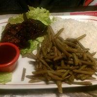 Photo prise au Buffalo Grill par Little S. le2/14/2013