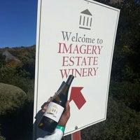 Photo prise au Imagery Estate Winery par Troy P. le11/25/2012