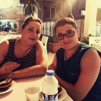 8/5/2015에 Erol C.님이 Özdemir Cafe&Pastane에서 찍은 사진