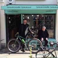 Das Foto wurde bei CycleLab & JuiceBar von CycleLab & JuiceBar am 3/6/2015 aufgenommen