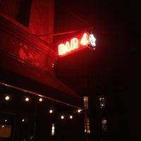 รูปภาพถ่ายที่ Bar4 โดย Samantha K. เมื่อ 8/15/2013