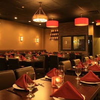 Foto tirada no(a) Spice Rack Indian Fusion Dining por Spice Rack Indian Fusion Dining em 8/27/2014