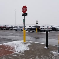 Pikes Peak Parking >> Pikes Peak Shuttle Parking Denver International Airport 24300