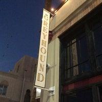 3/16/2014 tarihinde Beer Search Partyziyaretçi tarafından The Greyhound Bar & Grill'de çekilen fotoğraf