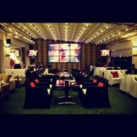 รูปภาพถ่ายที่ Palace Cafe Restaurant & Bowling โดย Bedii D. เมื่อ 12/9/2012