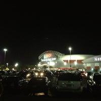 Foto tirada no(a) Thomas & Mack Center por Jessi P. em 2/14/2013