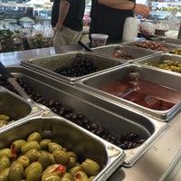 Das Foto wurde bei Greek International Food Market von Sousou B. am 4/19/2014 aufgenommen