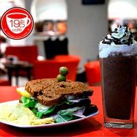 11/2/2013に19-40 caféが19-40 caféで撮った写真