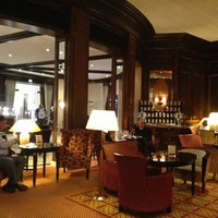 Das Foto wurde bei Hotel Vier Jahreszeiten Kempinski von Oleg G. am 7/26/2013 aufgenommen