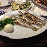 11/18/2013 tarihinde Pınar B.ziyaretçi tarafından Aytekin Balık & Restaurant'de çekilen fotoğraf