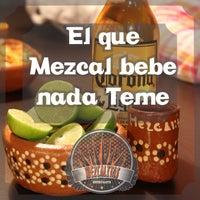 Das Foto wurde bei Mezcalitas von Mezcalitas am 4/11/2014 aufgenommen