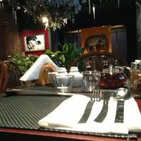 Das Foto wurde bei Roni Asian Grill & Bar von Mikhalich A. am 1/9/2013 aufgenommen
