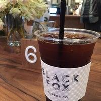 Foto tomada en Black Fox Coffee Co. por Kaitlin T. el 9/17/2016