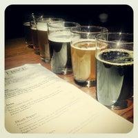 รูปภาพถ่ายที่ TRVE Brewing Co. โดย Heather B. เมื่อ 3/4/2013