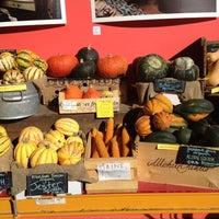 Foto diambil di Rosemont Produce Company oleh runner d. pada 11/10/2012