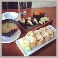 Foto scattata a Billy Beach Sushi and Bar da Michelle Y. il 6/6/2013