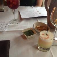 6/22/2013에 Kevin K.님이 Mango Peruvian Cuisine에서 찍은 사진