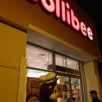 5/9/2013 tarihinde Philip A.ziyaretçi tarafından Jollibee'de çekilen fotoğraf