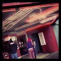 Снимок сделан в Laurelhurst Theater & Pub пользователем Mac P. 5/22/2013