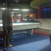 11/19/2013에 Marlond P.님이 Ha Ha Billiard And Bar에서 찍은 사진