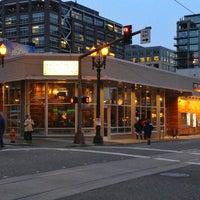 Снимок сделан в Living Room Theatres пользователем Bryan H. 1/1/2013