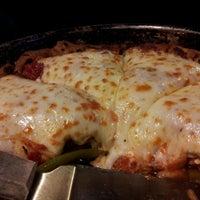 Снимок сделан в Windy City Pizza and BBQ пользователем Audrey M. 3/30/2013
