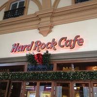 Foto scattata a Hard Rock Cafe Florence da Serena B. il 1/5/2013