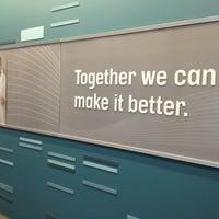 รูปภาพถ่ายที่ Premier, Inc. โดย Heather D. เมื่อ 5/29/2013