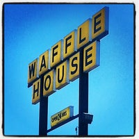 1/25/2014에 Aunt B.님이 Waffle House에서 찍은 사진